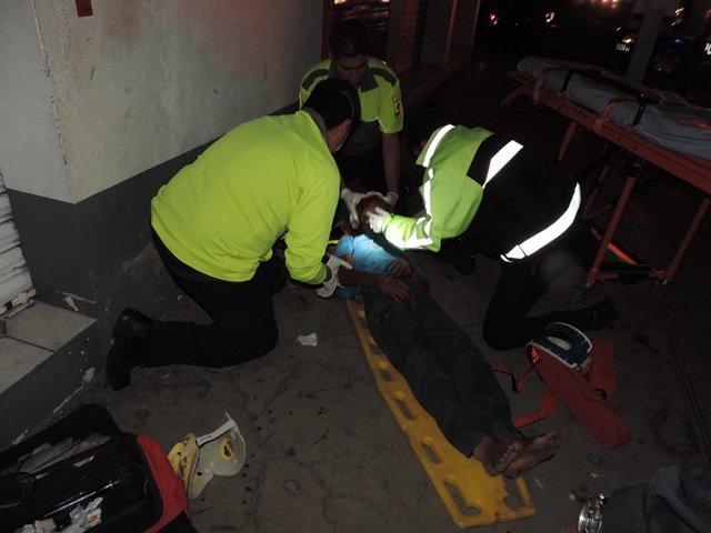 ¡Grave indigente atropellado por una camioneta en Aguascalientes!