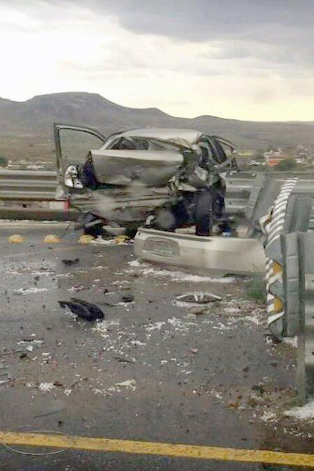 ¡4 hombres alcoholizados lesionados tras aparatoso accidente automovilístico en Zacatecas!