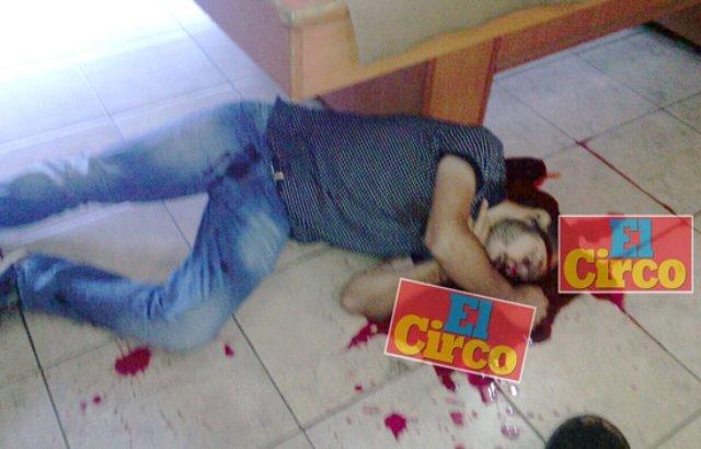 ¡Ejecutaron a un sujeto dentro de un bar en Arandas, Jalisco!