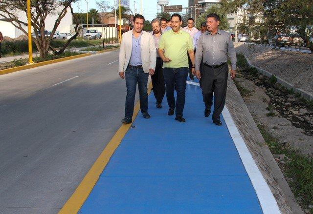 ¡Entrega alcalde de la capital nueva infraestructura vial al norte de la ciudad!