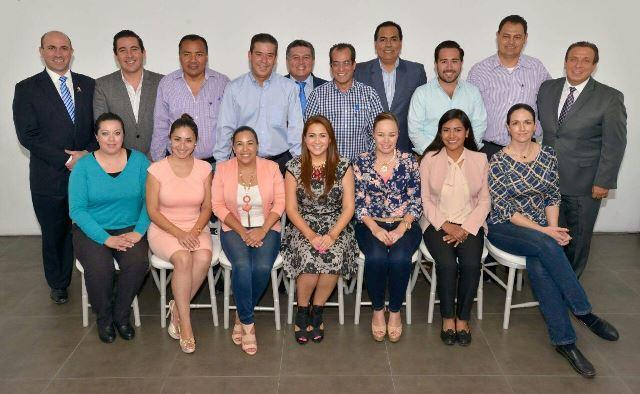 ¡Se reúne Tere Jiménez con diputados electos del PAN!