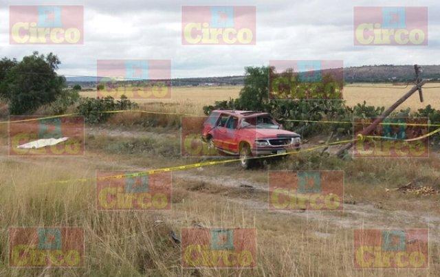 ¡Un hombre murió luego de la volcadura de su camioneta en Ojuelos, Jalisco!