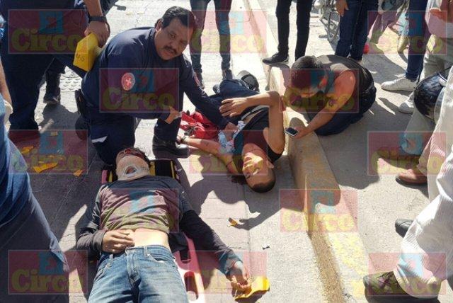¡Un joven murió y otro resultó lesionado tras accidentarse en una motocicleta en Lagos de Moreno!