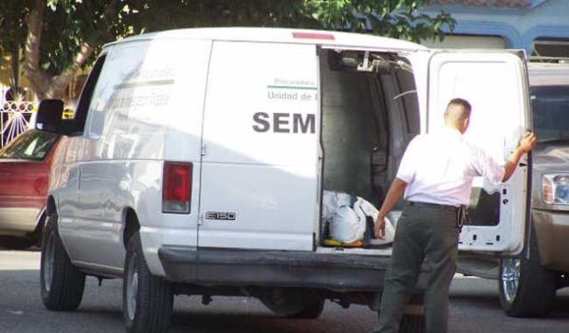¡Hallaron a un hombre putrefacto, encobijado y encostalado en Guadalupe, Zacatecas!