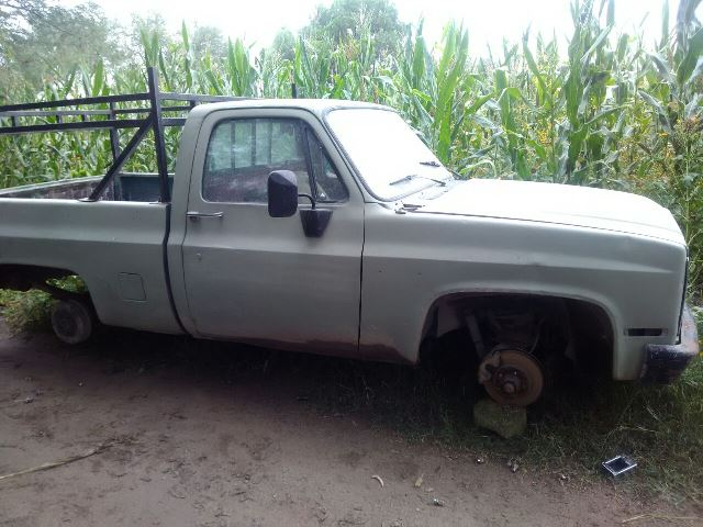 ¡Policías municipales aseguraron 3 vehículos robados en Lagos de Moreno!