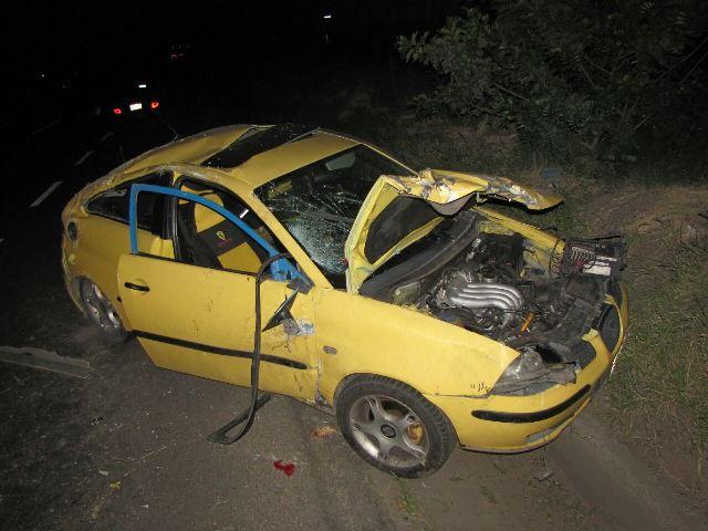 ¡Aparatosa volcadura de un auto en Aguascalientes dejó una mujer lesionada!