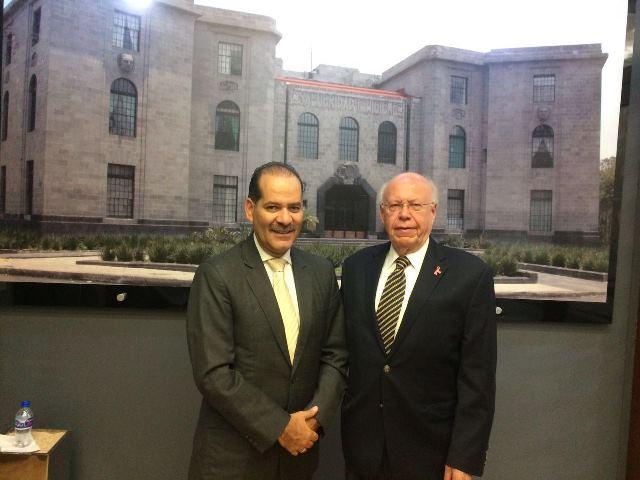 ¡Se reúne MOS con Secretario de Salud, José Narro!