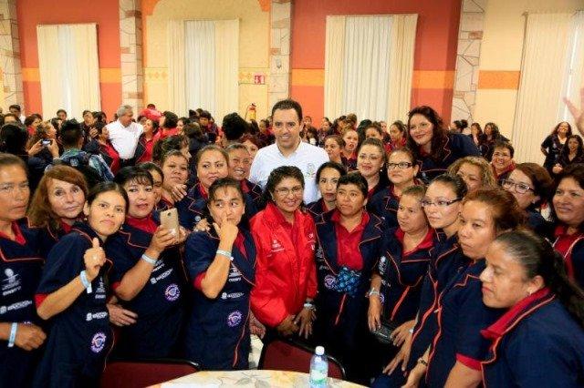 ¡En nuestras manos está escribir el futuro de México: Alejandro Tello!