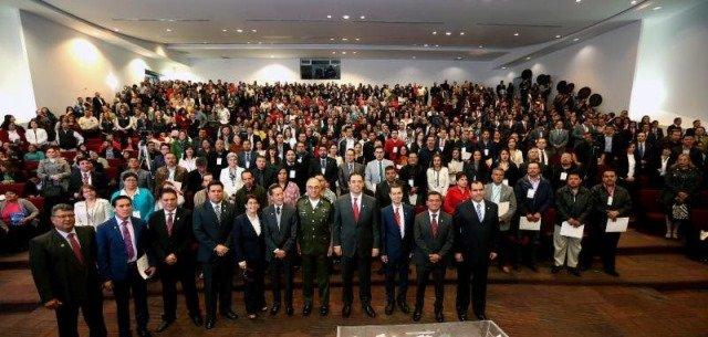 ¡Llama gobernador Alejandro Tello a servidores públicos a hacer equipo por el bien de Zacatecas!