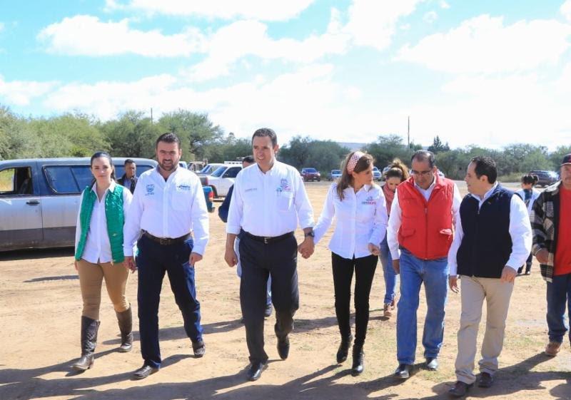 ¡Entrega gobernador Alejandro Tello apoyos por contingencias climatológicas en Fresnillo!