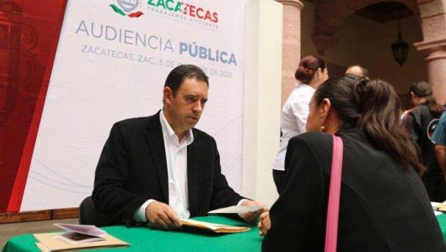 ¡Realiza Alejandro Tello su tercera audiencia pública!