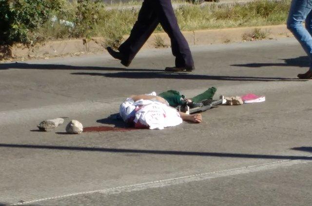 ¡Estudiante de secundaria murió arrollada por 2 camionetas en Aguascalientes!