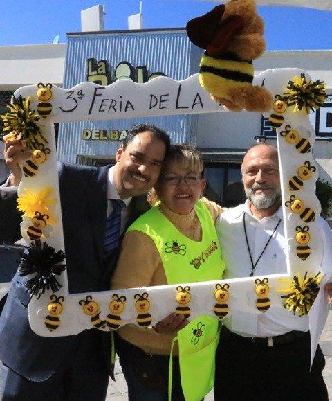 ¡Reconocen productores apícolas compromiso del alcalde de la capital con el sector!