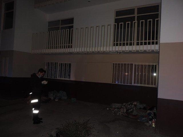 ¡Alcohólico murió en la calle y en presencia de uno de sus hermanos en Aguascalientes!