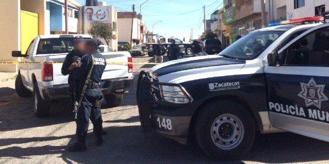¡A bordo de un automóvil ejecutaron a balazos 2 jóvenes en Zacatecas!