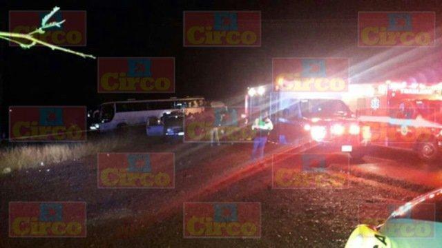 ¡5 muertos y 24 lesionados dejó choque entre 2 autobuses en Fresnillo!