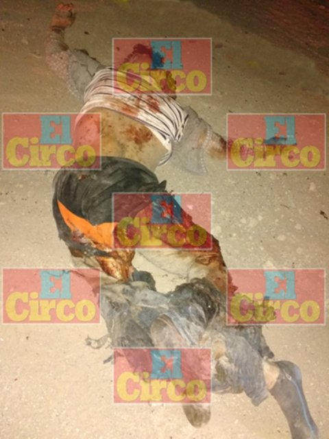 ¡Tráiler mató y destrozó a un motociclista en Lagos de Moreno!