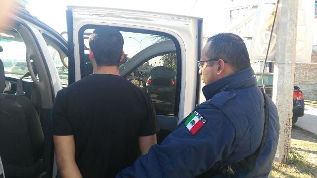 ¡Delincuente de Encarnación de Díaz fue detenido tras asaltar a un automovilista en Aguascalientes!