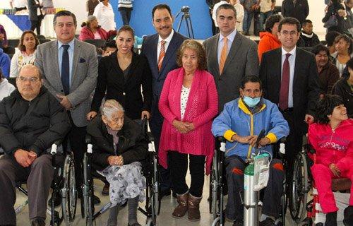 ¡Beneficia municipio con sillas de ruedas a personas con discapacidad, enfermos y adultos mayores!