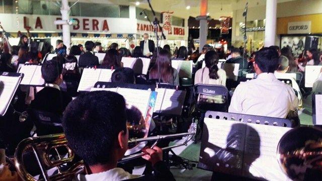 ¡Orquesta Sinfónica y Coro Estudiantil de Jesús María dan la bienvenida a temporada navideña en Aguascalientes!