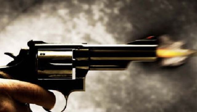 ¡Sujetos armados intentaron asaltar un autobús en Calera e hirieron a balazos a un niño y una mujer!