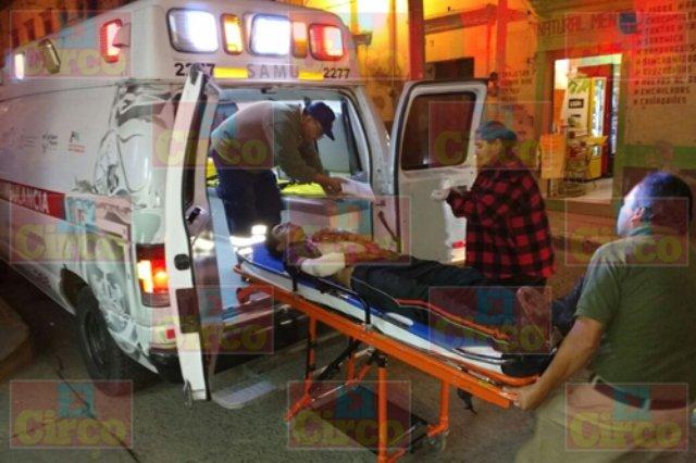 ¡Joven se provocó impresionante herida con un arma blanca en Lagos de Moreno!