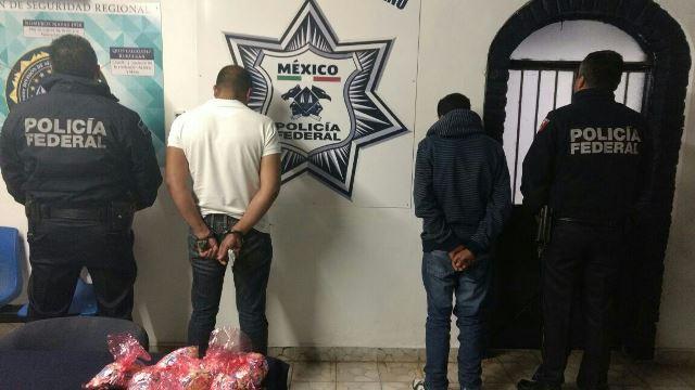 """¡Policías federales aseguraron 2290 dosis de """"crystal"""" en Lagos de Moreno!"""