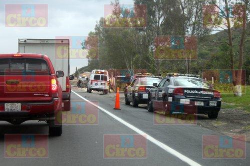 ¡Saldo de cinco mujeres lesionadas dejó como saldo aparatoso choque-volcadura en Lagos de Moreno!