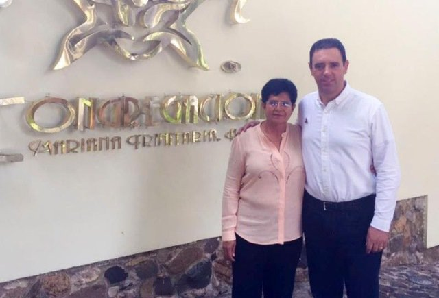 ¡Se reúne gobernador Alejandro Tello con fundación Mariana Trinitaria!