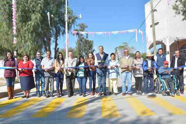 ¡Pavimentó municipio de Jesús María entrada a comunidad de Los Vázquez!