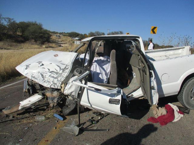 ¡Choque frontal entre camionetas en Aguascalientes dejó 1 muerto y 2 lesionados!