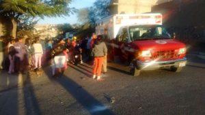2-lesionados-choque-camioneta-vs-moto-en-los-pericos-3