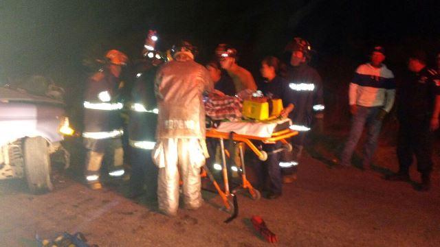 ¡3 lesionados dejó choque frontal entre 2 camionetas en Aguascalientes!
