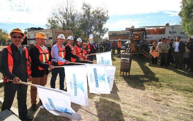 ¡Gobierno Municipal consolida infraestructura social en Canal Interceptor!