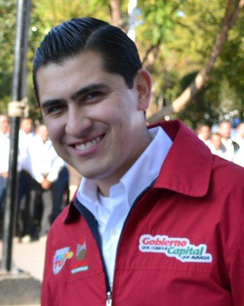 ¡Brota la porquería de la administración de Carlos Peña, ahora diputado!