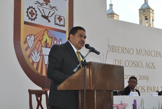 ¡Juan Manuel Villalpando Adame toma protesta como el primer alcalde independiente en Cosío!