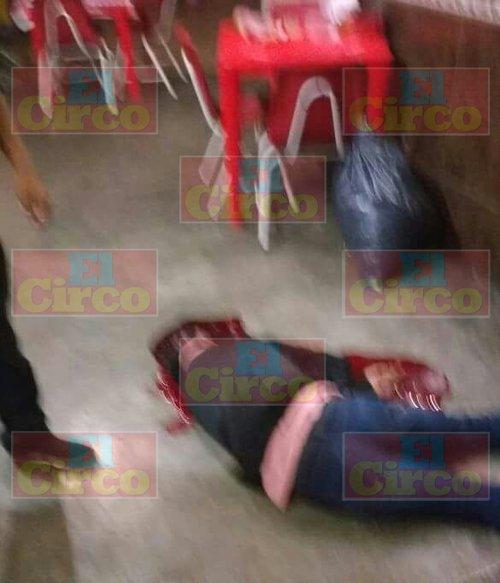 ¡Intentan ejecutar a un joven en una taquería en Guadalupe, Zacatecas!