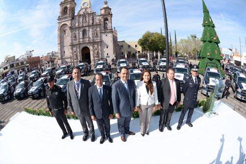 ¡Refuerza Alcalde Juan Antonio Martín del Campo Corporación de Seguridad Pública!
