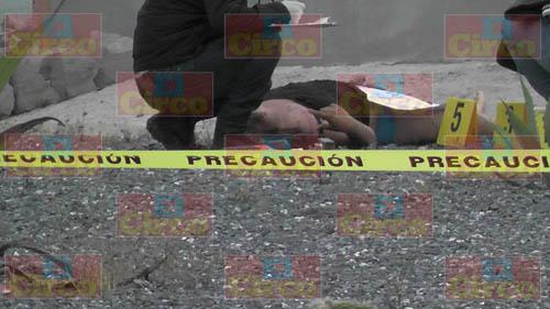 ¡Ejecutaron a una mujer y le dejan narcomensaje en Enrique Estrada, Zacatecas!