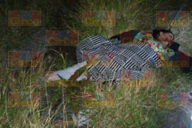 ¡1 muerta y 2 lesionados dejó volcadura de una camioneta en Lagos de Moreno!