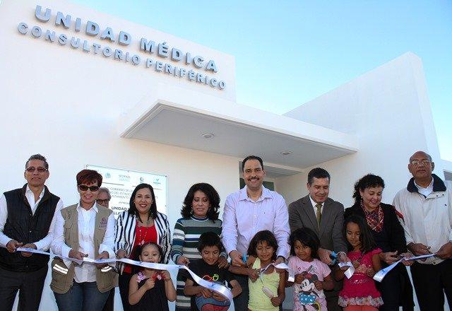 ¡Entrega alcalde de Aguascalientes unidad médica en el fraccionamiento Villas de la Loma!