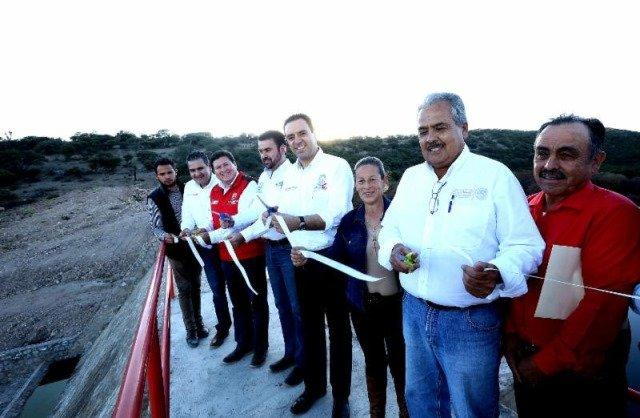 ¡Inaugura gobernador Alejandro Tello presa en Purísima del Maguey!
