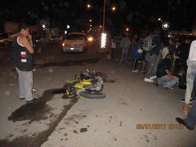 ¡1 muerto y 1 lesionado dejó el choque entre una motocicleta y una camioneta en Aguascalientes!