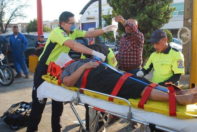 ¡Hombre se distrajo con el celular y provocó choque con saldo de 4 lesionados en Aguascalientes!