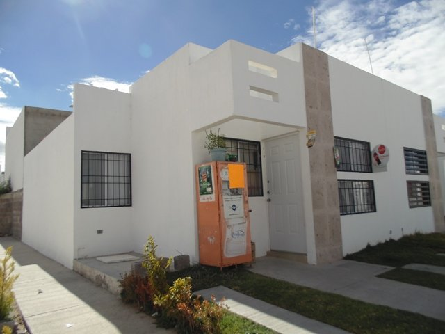 ¡Pistoleros asaltaron una tienda de abarrotes en Aguascalientes!