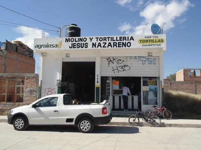 ¡Sujeto armado con un machete asaltó una tortillería en Aguascalientes!