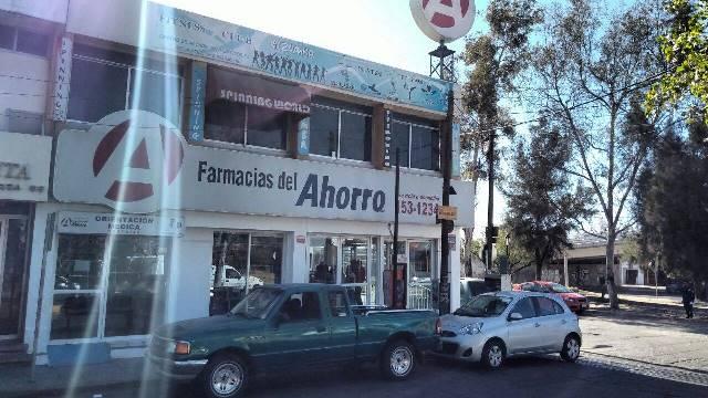 ¡Pistolero asaltó una farmacia en Aguascalientes!
