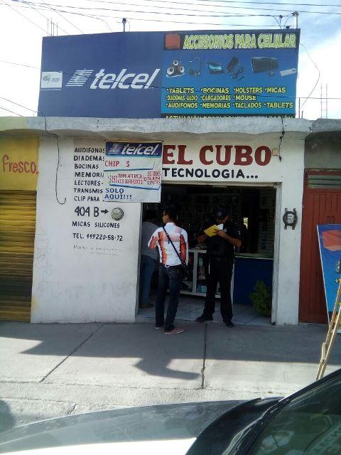¡Asaltaron a un comerciante en su negocio y lo apuñalaron en Aguascalientes!