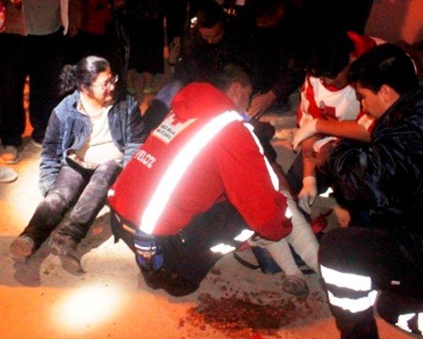 ¡Madre e hija lesionadas tras ser arrolladas por un motociclista en Lagos de Moreno!