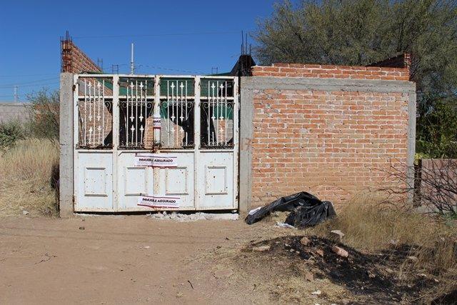 ¡En cateo domiciliario se aseguraron 2 automóviles robados en Aguascalientes!